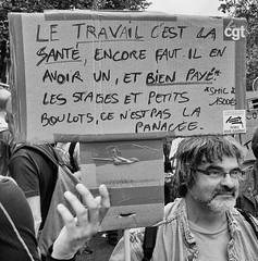 DSCF5821 (sergedignazio) Tags: street paris france photography fuji photographie travail rue pancarte manif homme loi x100s