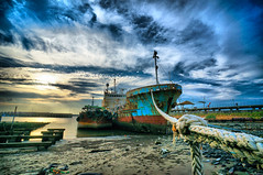 /  (HDR) (mb10001114) Tags: old sunset sea port boat fishing sony taiwan 12mm   taoyuan  hdr   ultrawideangle         chuwei  e16mmf28 vclecu1 sel16f28