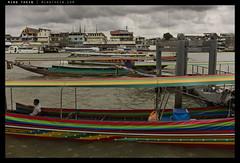 _M9P1_L1013012 copy (mingthein) Tags: leica river boat bokeh availablelight floating m chao ming summilux asph longtail element m9 fle phraya 3514 onn thein photohorologer mingtheincom m9p 3514asphfle blogmingtheincom