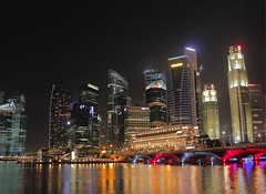 Singapore Skyline (venstrong) Tags: show city party sky skyline marina canon buildings eos lights bay singapore esplanade laser shows sands 60 60d