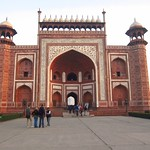 "Taj Mahal Gate <a style=""margin-left:10px; font-size:0.8em;"" href=""http://www.flickr.com/photos/14315427@N00/6924639059/"" target=""_blank"">@flickr</a>"