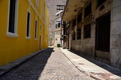 viela Santos (Marcos Glicerio) Tags: brasil geotagged nikon saopaulo bra santos saboó d7000 geo:lat=2393252711 geo:lon=4633195013