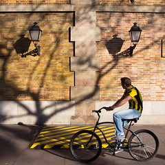 Black and yellow in Barcelona, par Franck Vervial