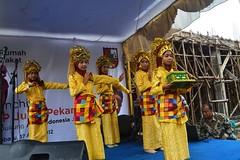 pembukaan Launching smp juara dgn tari persembahan Riau (flickr.rumahzakat) Tags: zakat pekanbaru wakaf rumahzakat smpjuara