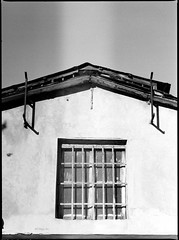 House at the noon (ZoSo74) Tags: white house black mamiya film window analog casa 645 kodak hc110 finestra hp5 noon bianco negativo ilford nero 100s 80mm pellicola f19 analogico sekor mezzogiorno autaut