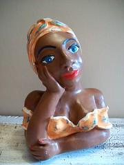 Mini namoradeira 15cm (ATELIER CINTHYA VAZ) Tags: artesanato boneca brasileiro gesso vaz cinthya atelier barraqueiras namoradeira