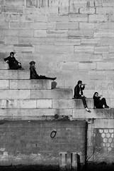 Bain de Soleil sur les quais de Seine, Paris, France (D*C) Tags: street deleteme5 deleteme8 urban sun white black paris france detail deleteme deleteme2 deleteme3 deleteme4 deleteme6 deleteme9 blanco sol deleteme7 seine pose soleil calle bath saveme4 noir saveme5 saveme6 saveme saveme2 saveme3 saveme7 deleteme10 pierre negro bano saveme8 bain rue blanc quai urbain