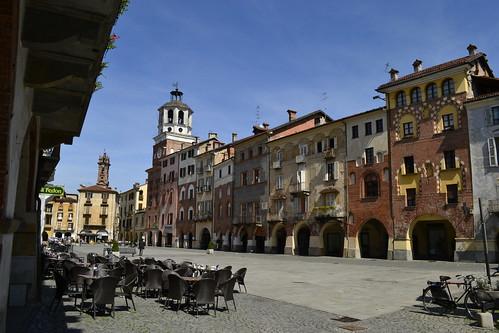 Savigliano. Piazza Santa Rosa
