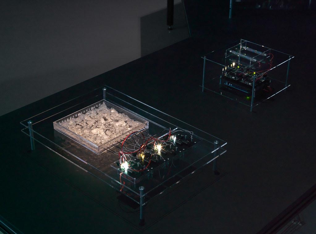 Crystal Field Oscillator