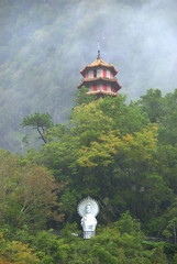 Tianfeng Pagoda, Tiansiang, Taroko National Park (VinayakH) Tags: mountains nature religious pagoda nationalpark buddhist taiwan valley gorge taroko hualien tarokonationalpark tarokogorge tianfeng tiansiang tianfengpagoda