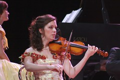 Anne-Lise Parotte; 11Mar11; Cape Town, SA;   IMG_4301 (~BC~) Tags: keyboard stephanie groupphotos jso 2011 violinsection johannstraussorchestra stephaniedetry anneliseparotte