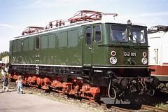 "E42 001 ""Holzroller"" (wd3203) Tags: engine eisenbahn railway elok e42 holzroller elektrolokomotive br242"