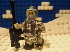 Russian Spetsnaz Soldier (Storm Brick) Tags: winter urban white snow green soldier lego north camo decal custom russian camoflauge antartida artic spetsnaz