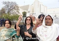 DSC_0709 (Sajjad Ali Qureshi) Tags: pakistan media press islamabad eunuchs sajjadaliqureshi supremecourtofpakistan allpakistanshemalesassociation almasbobby rightsforeunuchs