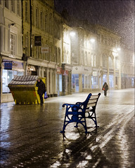 HBM (Tris1972 (tmorphewimages.co.uk)) Tags: winter snow cold night canon bench stamford monday canonef50mm118ii