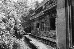 Angkor Wat - 2012-03-25 - 103331