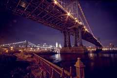 Under the bridge (Fabio Sabatini) Tags: nyc newyorkcity longexposure brooklyn fence unitedstates wideangle manhattanbridge brooklynbridgepark downtonmanhattan