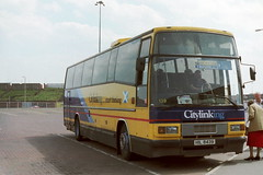 139-01 (Ian R. Simpson) Tags: volvo clydeside plaxton wallacearnold b10m scottishcitylink paramount3500 clydeside2000 c118dwr hil8439