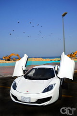 Mclaren MP4-12C exterior wants to fly (@GLTSA Over a million views) Tags: auto white cars car canon photography photo nikon exterior image photos interior images mclaren saudi autos jeddah rim rims saudiarabia iphone mp412c