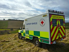 Our 130 MMB 'Support Vehicle' (barronr) Tags: england driving offroad northumbria landrover mitsubishi trianing britishredcross crookham
