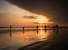 Brighton Beach, Spring Tide (Alan MacKenzie) Tags: sea england people beach water weather clouds sussex sand brighton tide lowtide brightonbeach springtide alanmackenzie