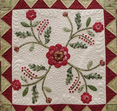 Applique Medallion Quilt (QOB) Tags: quilt quilted patchwork applique qob longarmmachinequilted quiltsonbastings