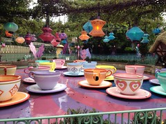 Lonely Tea Party (colonelchi) Tags: park trip light cup water lamp fence bush closed rainyday ride tea weekend alice disneyland spin crowd visit disney spinning lanterns theme amusementpark teacups lantern railing orangecounty anaheim teacup wonderland storybook bushes themepark madhatter attraction aliceinwonderland saucers chineselanterns chineselantern disneyscaliforniaadventure storybookland animatedfilm madhattersteaparty animatedcharacter spinningride animatedfeature californiasadventure teasaucers closeforrain