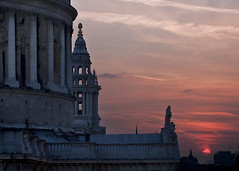 St Paul's Sunset (steven_kelly | www.steven-kelly.co.uk) Tags: city sunset england london saint silhouette st photography cathedral capital christopher stpauls pauls kelly wren cathedralsaint stevenkellyphotography