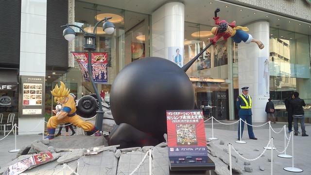 魯夫 V.S 孫悟空!《J 群星勝利對決》超魄力1:1 雕像現身澀谷Parco百貨!