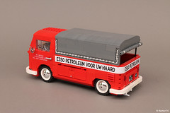 Volkswagen T1 Esso Service | canvas pick-up (Andrea Lattanzio) Tags: bus vw volkswagen gas petrol gasoline esso kombi t1 exxon petroleum bulli putatigerinyourtank vwt1