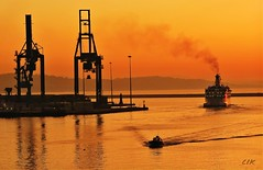 Life in the Harbour: sailing in the red sunset (Bebo_cik) Tags: sunset red sea seascape sailing ship harbour