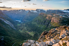 Sunset on Geiranger (Mich's Pictures) Tags: sunset mountain norway landscape mount paysage fjords geiranger