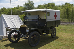 BF 6719  1915   Ford Model T Ambulance  1st Aid Nursing Yeomanry Corps (wheelsnwings2007/Mike) Tags: ford t model 1st tracks railway ambulance aid corps trust 1915 staffordshire bf nursing moseley trenches 2016 6719 yeomanry apedale