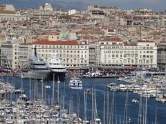 Le Vieux Port @ Marseille (Hlne_D) Tags: sea mer france port harbor boat marseille yacht paca provence bateau mediterraneansea vieuxport mditerrane bouchesdurhne mermditerrane provencealpesctedazur tanusha euro2016 hlned