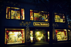 ...Bald nun ist weihnachtszeit, .... (hans-jürgen2013) Tags: xmas berlin weihnachten kudamm käthewohlfahrt