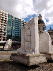 20160427_153703 (ElianaMarlen) Tags: arquitecture architecture street streetphotography photography rosario argentina sculpture church