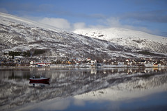 From Troms to Ersfjordbotn (dataichi) Tags: travel mountain snow mountains tourism nature norway montagne canon mirror north mount reflect destination fjord canon5d norvge