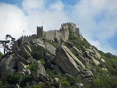Castelo dos Mouros (SeppoU) Tags: portugal canon sintra snapshot tourist april turisti unescowhs portugali huhtikuu powershots5is näpsy copyleftby seppouusitupa