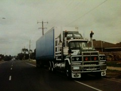 this mack valueliner v8 had 570 hp on the wheels (BILLYB427) Tags: sorry this hp quality wheels poor about had mack v8 570 valueliner