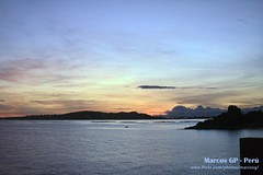 Atardecer en el lago (Marcos GP) Tags: sunset peru canon atardecer 7d ocaso peruvian puno acora marcosgp