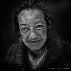 M.lle Mimma V2 (Laurent Lav Lazzeresky) Tags: old portrait bw woman white black face homeless