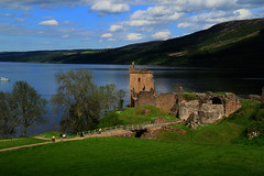 Urquhart Castle (Explored Frontpage) (Ladybird Photography) Tags: bridge trees sky lake green castle clouds scotland view fort great ruin william glen loch slot scape stronghold magnificent inverness ness drumnadrochit s grn skotland invermoriston urguhart