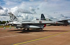 692 General Dynamics F-16BM Fighting Falcon, Royal Norwegian Air Force, RAF Fairford, Gloucestershire (Kev Slade) Tags: gloucestershire f16 generaldynamics raffairford 692 fightingfalcon f16bm egva royalnorwegianairforce riat2010