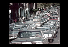 ss23-17 (ndpa / s. lundeen, archivist) Tags: street city people color cars film boston buildings traffic massachusetts nick citylife streetlife slide slideshow mass 1970s automobiles beaconhill beaconstreet dewolf early1970s nickdewolf photographbynickdewolf slideshow23
