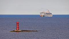 AIDAvita at Marhllan lighthouse (Franz Airiman) Tags: cruise lighthouse finland balticsea baltic cruiseship kobbaklintar stersjn land aidavita landshav aidacruises wwwaidade marhllan