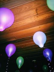 (pedropapini) Tags: world city roof cidade party brazil 6 color apple colors mobile brasil night digital balloons photography photo foto saopaulo cellphone celular noite paulo fotografia now festa sao mundo movel teto iphone baloes bexiga