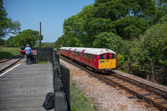 05.06.2016 | 483.006, Smallbrook Jcn (Jamie A. Hunter) Tags: canonef24105mmf4lisusm canoneos5ds canonphotography canoninc isleofwight iow ryde havenstreet freshwaterbay freshwater thornessbay alumbay isleofwightsteamrailway w24calbourne class483 solent astrophotography mars saturn milkyway galacticcentre