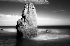 monolith (zzra) Tags: ocean white black contrast high long exposure fuji monotone elmatador xt1