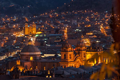 Cusco Night View - Cuzco, Per (takasphoto.com) Tags: america americas amricadelsur andean andeancities andes andesmountains cropsensor d5000 dark darkness earth highiso highlands incaempire lens lowlight night nightview nikkor nikkor70300mmf4556gedifafsvrzoomlens nikon nikon70300mmf4556gedifafsvrnikkorzoomlens nikond5000 noche noite nuit peru per piruw precolumbianamerica quechua republicofperu repblicadelper southamerica southernhemisphere telephoto telephotolens time transportation travel travelphotography trip vacation viagem viaje westernhemisphere world zoomlens           d5000            cusco cuzco