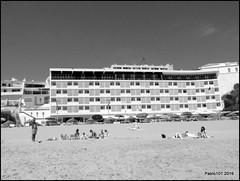 Albufeira, Portugal (Pablo101) Tags: blackandwhite beach portugal monochrome hotel albufeira